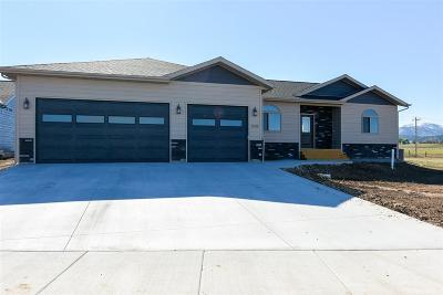 Spearfish SD Single Family Home For Sale: $334,000