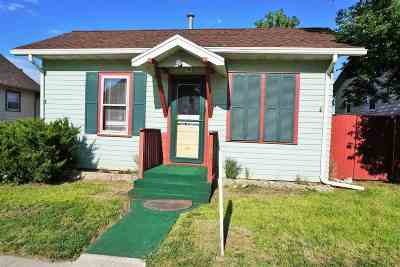Belle Fourche Single Family Home For Sale: 1107 5th St