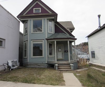 Lead Single Family Home For Sale: 113 Siever St