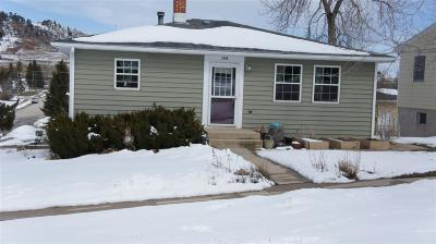 Spearfish SD Single Family Home Uc-Contingency-Take Bkups: $184,900