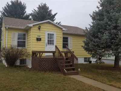 Belle Fourche Single Family Home Uc-Contingency-Take Bkups: 1310 9th