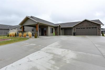 Spearfish SD Single Family Home Uc-Contingency-Take Bkups: $339,000