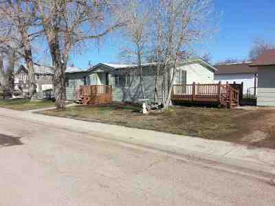 Belle Fourche SD Single Family Home Uc-Contingency-Take Bkups: $97,900