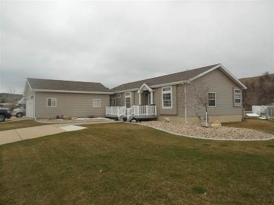Spearfish Single Family Home For Sale: 1211 Foothills Drive