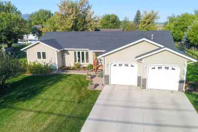 Spearfish Single Family Home For Sale: 327 Upper Valley Rd