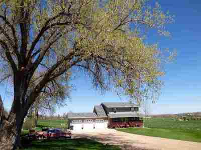 Belle Fourche Single Family Home For Sale: 1311 Stanley St.