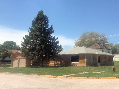 Single Family Home Sale Of Prop Contingency: 1706 Lincoln