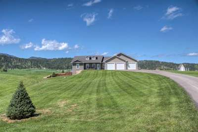 Spearfish Single Family Home Financing Contingency: 1717 Country School