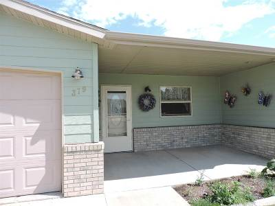 Belle Fourche Single Family Home For Sale: 379 Redrock