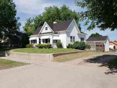 Belle Fourche SD Single Family Home For Sale: $141,500