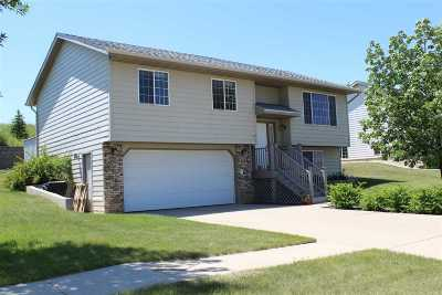 Rapid City Single Family Home Under Contract-Dont Show: 1265 Degeest