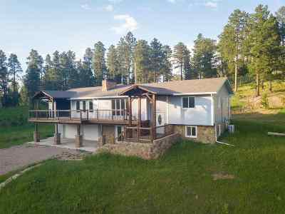 Deadwood Single Family Home Uc-Contingency-Take Bkups: 21270 Strawberry Creek
