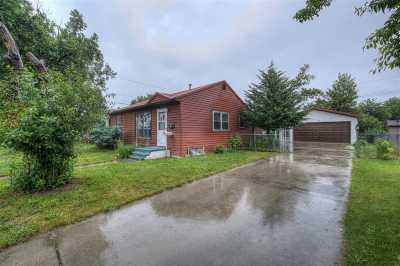 Belle Fourche Single Family Home Uc-Contingency-Take Bkups: 2039 10th
