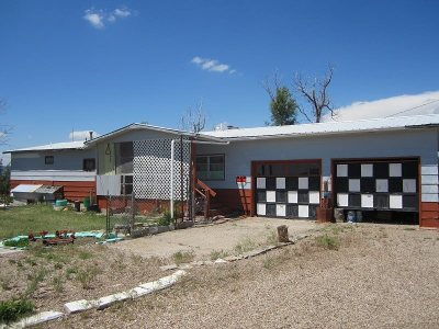 Single Family Home Uc-Contingency-Take Bkups: 13832 Sage