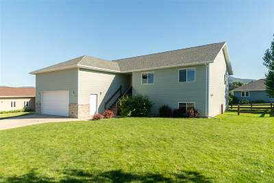 Spearfish SD Single Family Home Uc-Contingency-Take Bkups: $294,900