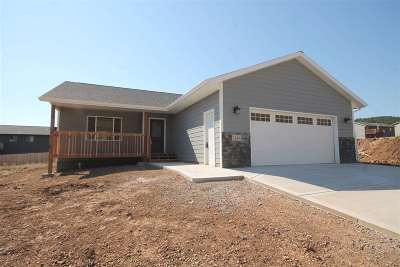 Sturgis SD Single Family Home For Sale: $212,900