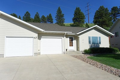 Spearfish SD Single Family Home Financing Contingency: $264,900