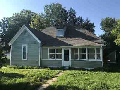 Belle Fourche Single Family Home Uc-Contingency-Take Bkups: 307 Railroad