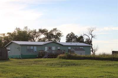 Belle Fourche Single Family Home For Sale: 18455 Prosperity