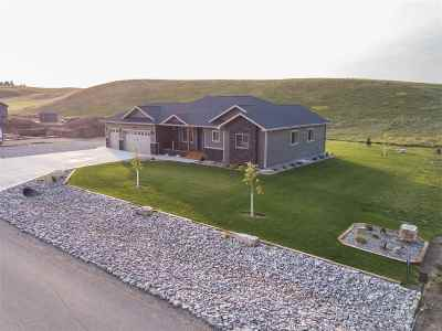 Spearfish Single Family Home For Sale: 2220 Tumble Weed