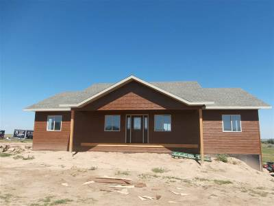 Spearfish Single Family Home For Sale: 2812 Crown Jewel