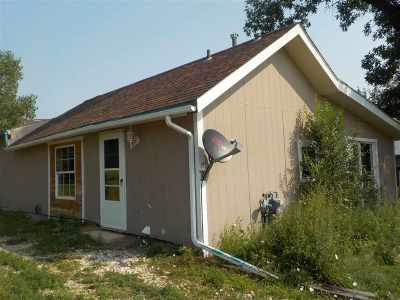 Belle Fourche Single Family Home For Sale: 1423 Mill St.