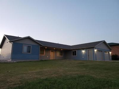 Belle Fourche Single Family Home For Sale: 2005 7th