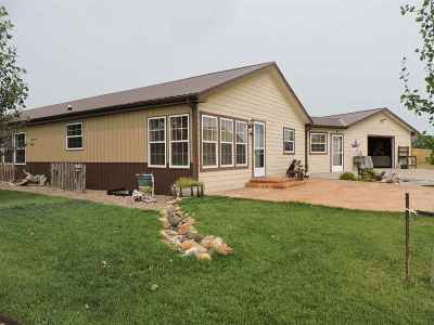 Belle Fourche SD Single Family Home Uc-Contingency-Take Bkups: $350,000