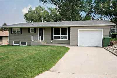 Sturgis Single Family Home For Sale: 1104 Paisley Terrace