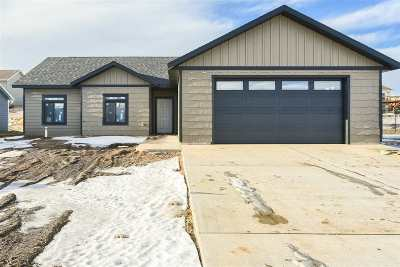 Spearfish Single Family Home For Sale: 4021 Pintlar