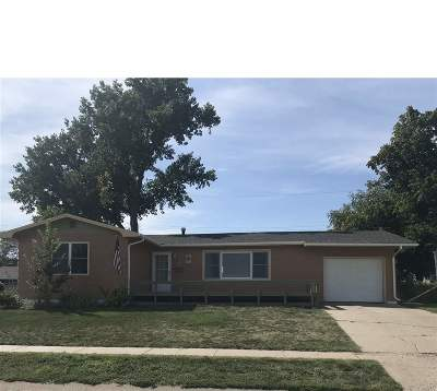 Belle Fourche Single Family Home For Sale: 1622 13th