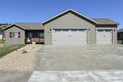 Spearfish Single Family Home Uc-Contingency-Take Bkups: 1722 Iron Horse