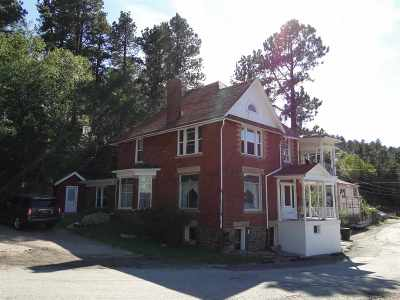 Deadwood, Lead Multi Family Home Uc-Contingency-Take Bkups: 224 S Wall