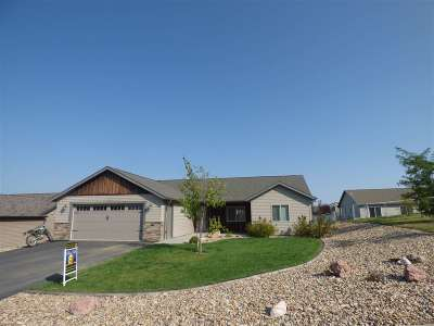 Belle Fourche SD Single Family Home For Sale: $203,395