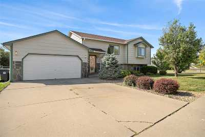 Rapid City Single Family Home Under Contract-Dont Show: 1618 Minuteman Dr.