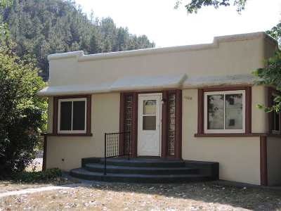 Single Family Home For Sale: 1106 S 6th