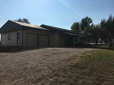 Belle Fourche Single Family Home For Sale: 19038 U.s. Hwy 85