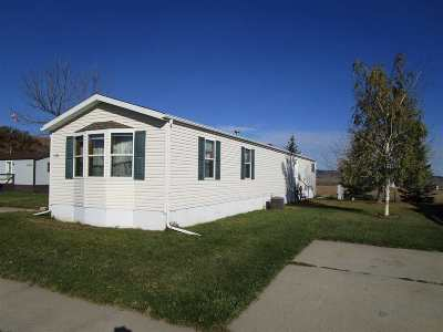 Spearfish SD Single Family Home Uc-Contingency-Take Bkups: $55,500
