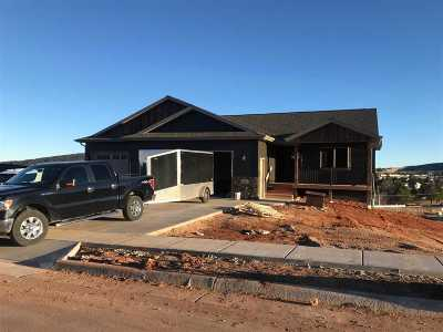 Sturgis SD Single Family Home Under Contract-Dont Show: $305,000