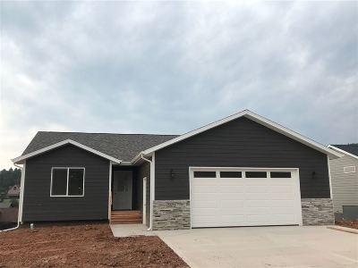Sturgis Single Family Home Financing Contingency: 2672 Meadows