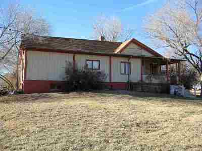 Single Family Home For Sale: 342 N 19th