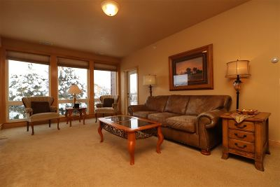 Rapid City Single Family Home For Sale: 4049 Fairway Hills
