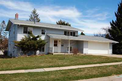 Spearfish Single Family Home Uc-Contingency-Take Bkups: 1430 W Jackson