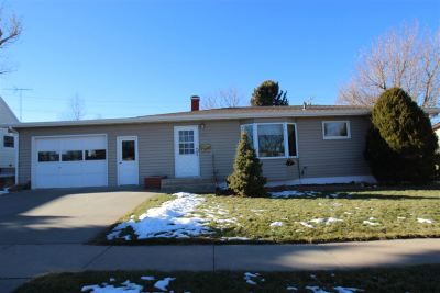 Spearfish Single Family Home Uc-Contingency-Take Bkups: 823 Verdale