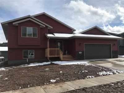 Sturgis SD Single Family Home Uc-Contingency-Take Bkups: $229,900