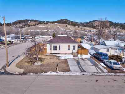 Sturgis Single Family Home Sale Of Prop Contingency: 2141 Park