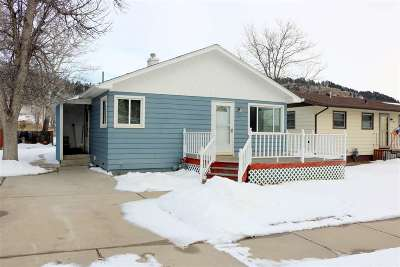 Sturgis SD Single Family Home Uc-Contingency-Take Bkups: $165,000