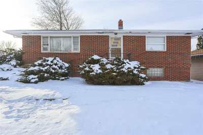 Sturgis Single Family Home Uc-Contingency-Take Bkups: 1437 Spruce