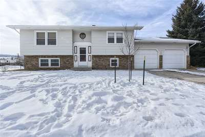 Spearfish Single Family Home Financing Contingency: 541 N 12th