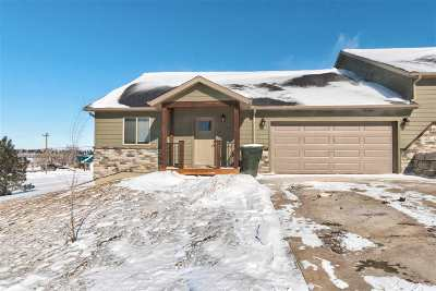 Belle Fourche Single Family Home For Sale: 355 Redrock